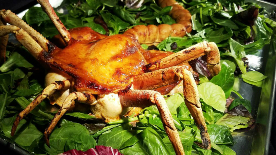 Liven Up Your Thanksgiving Dinner With This Edible 'Alien' Facehugger