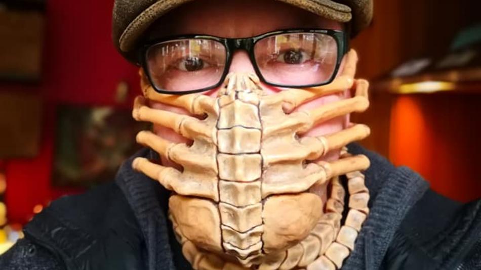 No One Will Get Near You With This Alien Facehugger Mask